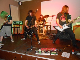 Flaming Wrekage at Corrimal Hotel last night, for their Bring Back the Riff Tour.  Photo by Mandy Craig